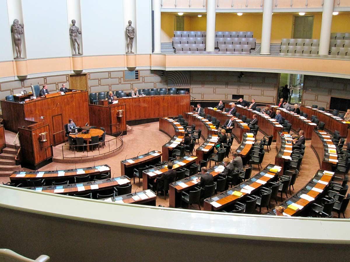 Suomen eduskunnan istuntosali